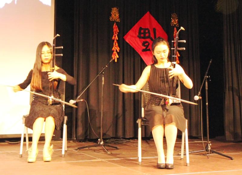 cdtf nachricht buntes programm zum chinesischen. Black Bedroom Furniture Sets. Home Design Ideas
